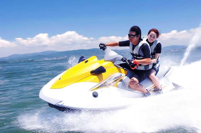 naik Speed Boat di tanjung Benoa