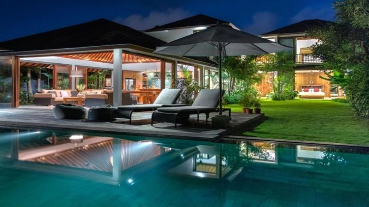 The She Santy Villa Bali