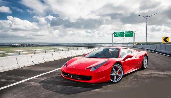 Sekilas tentang sewa Mobil Ferrari di Bali